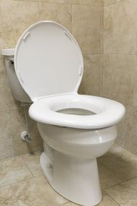 Best Toilet Seat For Heavy People And Elderly And Disabled People